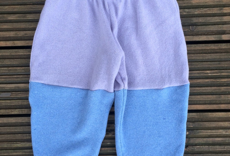 Lilac and pale blue: 2-3 years large