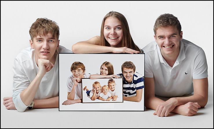 Shaw siblings, two bothers and a sister hAVE photographed over 16 years been