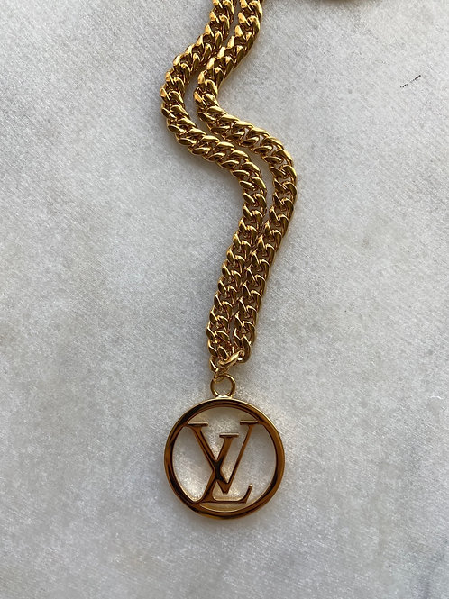 CIRCLE LV NECKLACE - REWORKED VINTAGE