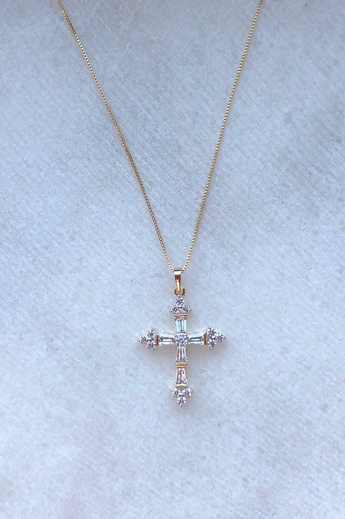 GLASS CROSS NECKLACE