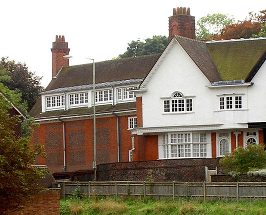 Pangbourne Lodge.jpg