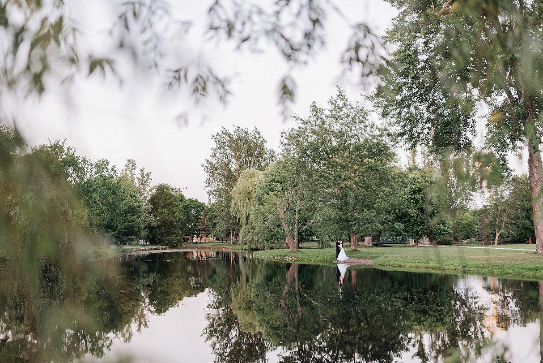 Ottawa Wedding Photography Best Western Perth Parkside park