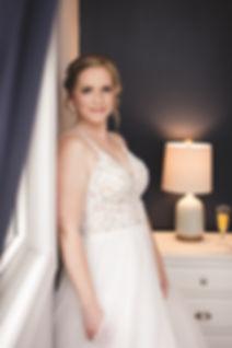 Ottawa bride in wedding dress