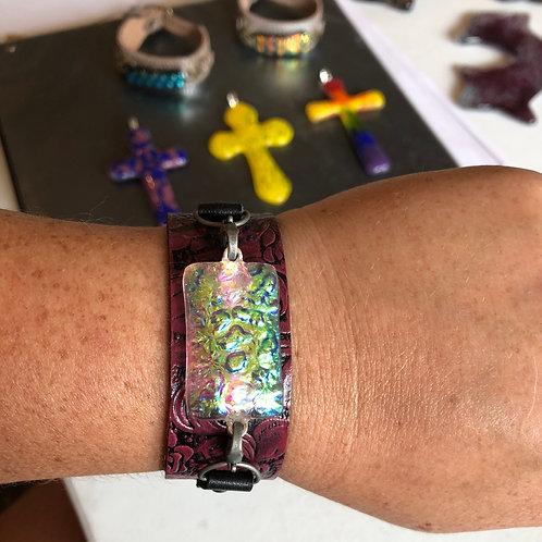 Leather & dichro bracelet