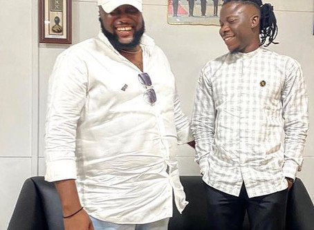 It is all love on this side – Stonebwoy shares picture of him and with AngelTown