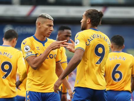 Richarlison penalty maintains Everton's perfect start