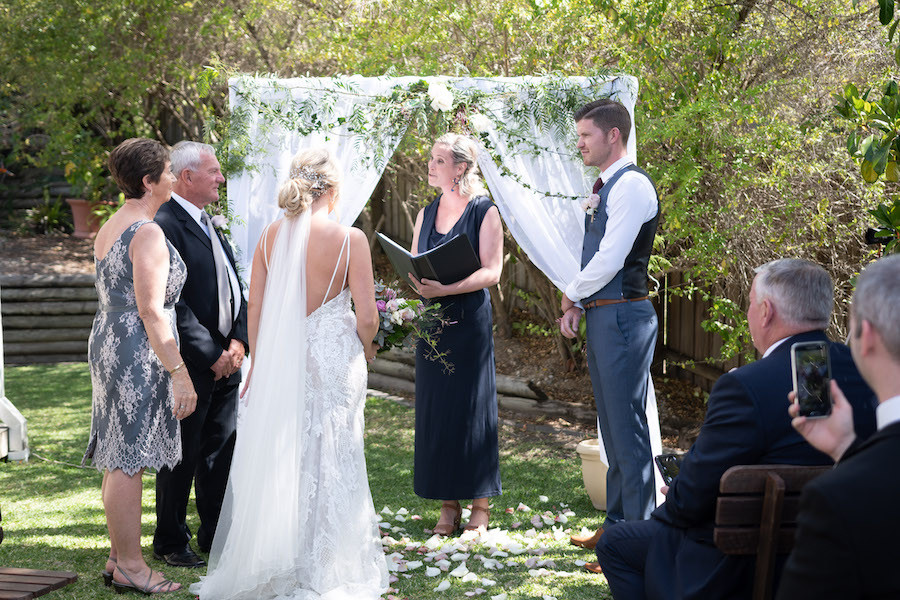 Hamptons Hinterland Retreat Wedding Ceremony