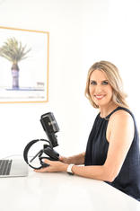 MNDY-Photography-Personal-Branding-Profile-Brand-Photographer-Gold-Coast--Susie-Garden-Pro