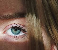 Göz altı kırışıklık ve morluklarıyla mücadele