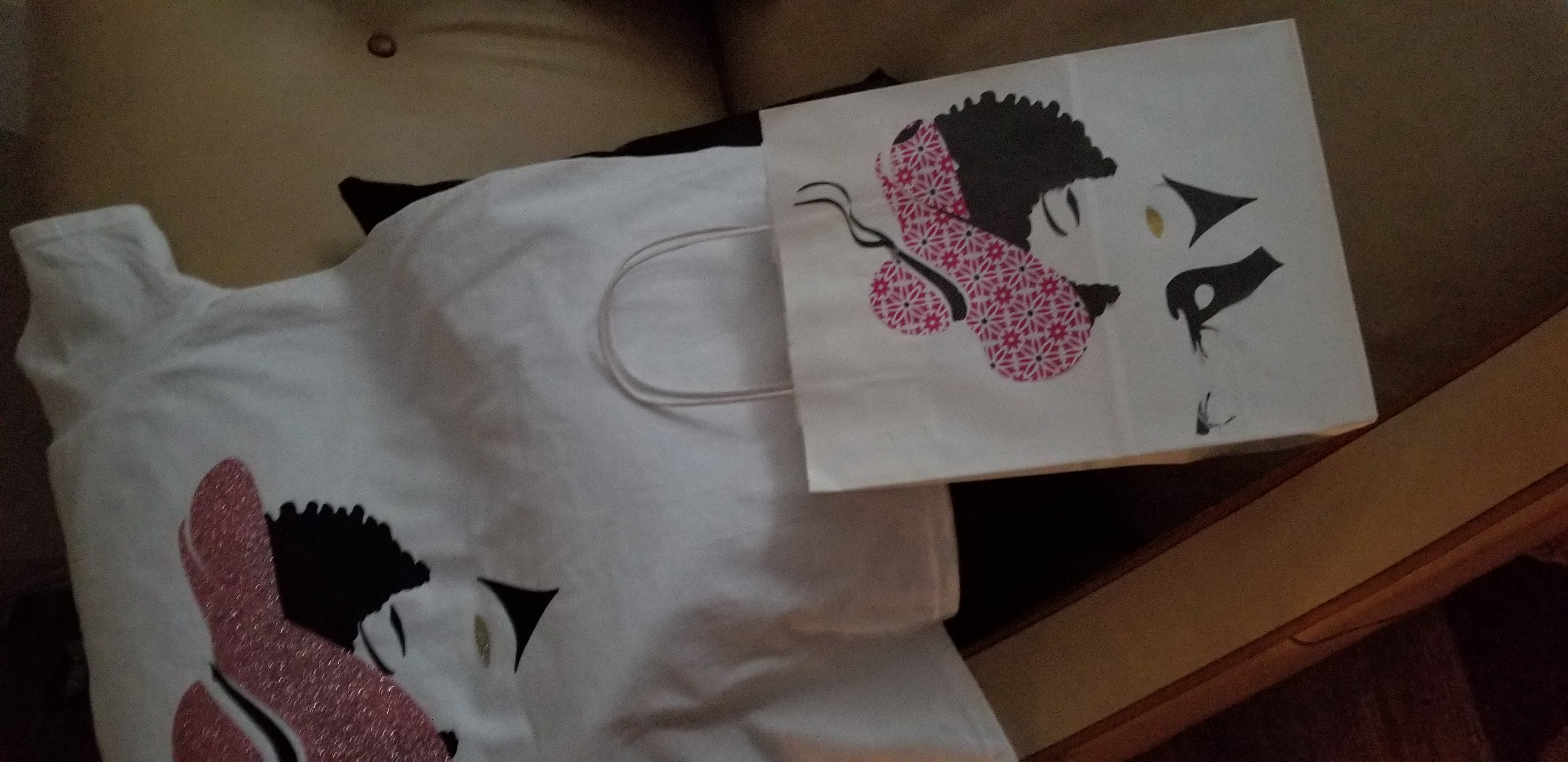 Derby theme(shirt and gift bag)