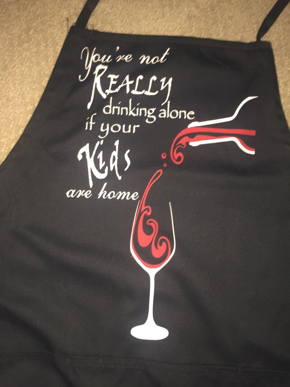 Apron (blk-red wine)