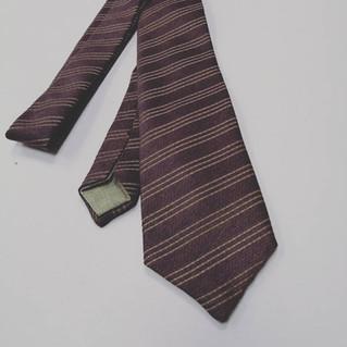 Come prendersi cura della propria cravatta sartoriale