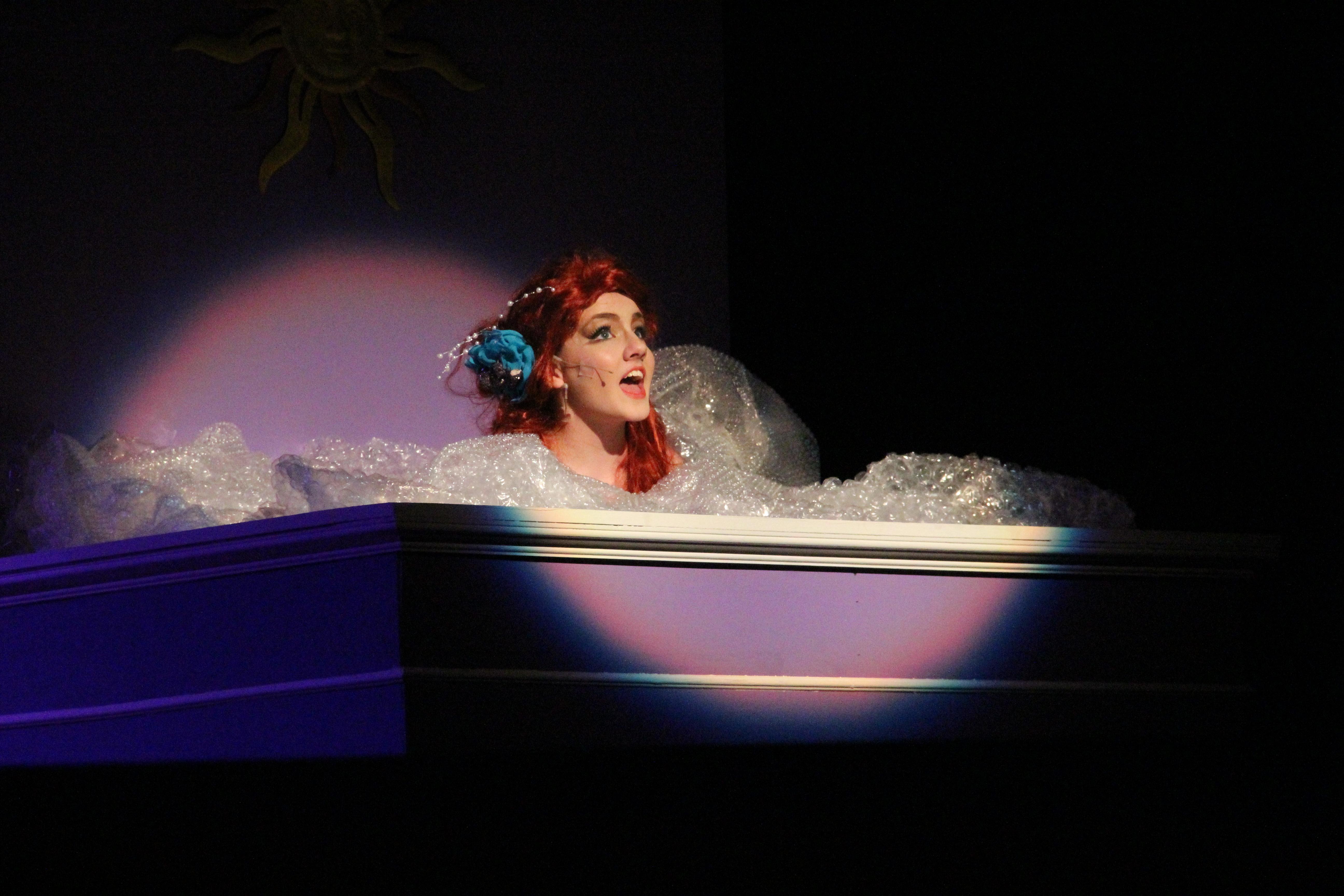 ariel tub