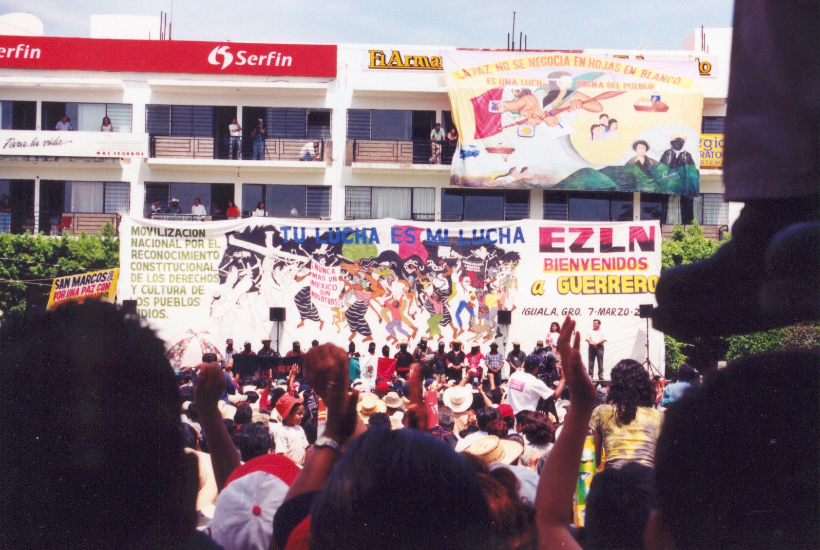 Izzr.- color tierra Iguala palco