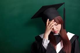 Instituições de ensino superior são responsáveis por danos causados pela realização de curso não rec