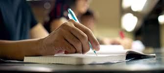 Não incide contribuição previdenciária sobre valores de bolsas de estudos concedidas a empregados e