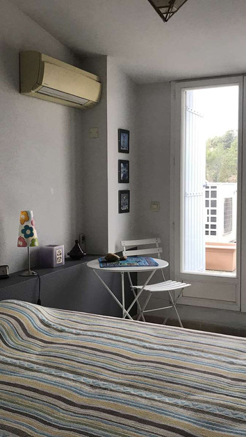 Chambre 2 avec accès terrasse 2
