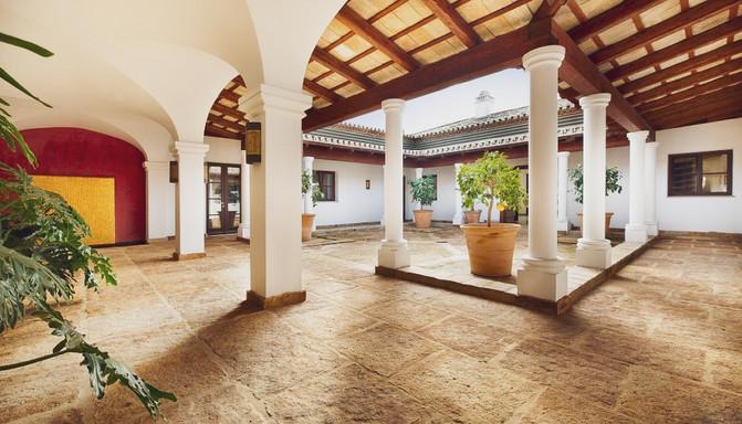 Foto CTM099 patio central.jpg