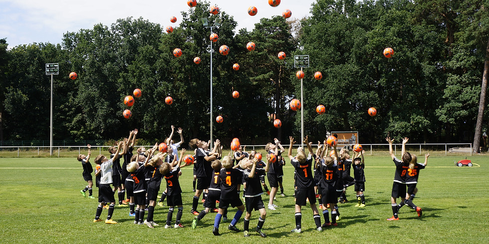 Sommer-Ferien-Fußball-Camp