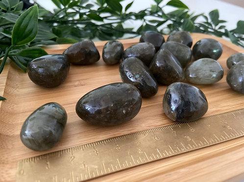 Labradorite - (forme boule)