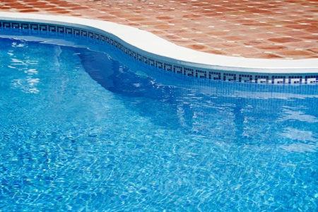 Gold Coast Pool Cleaning.jpg