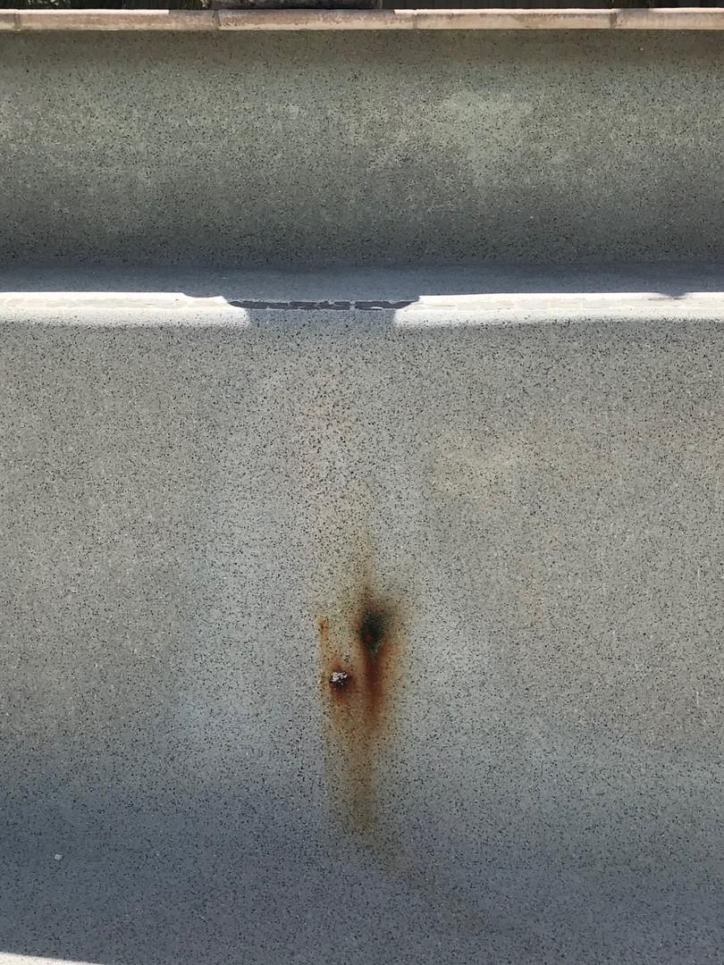Rust in pool
