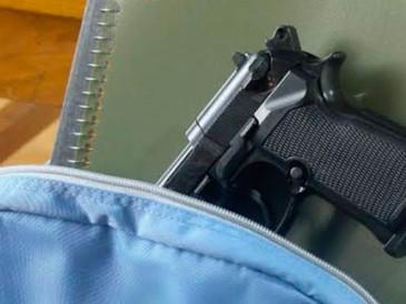 Estudiante de Caldwell de 13 años lleva pistola a clases