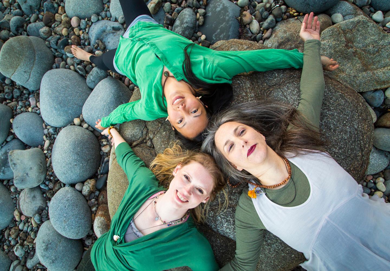 Bija Yoga Tasmania / Hobart / rocks / beach / triangle / restore / Pema Choo / Jen Van-Achteren / Holli Gipson