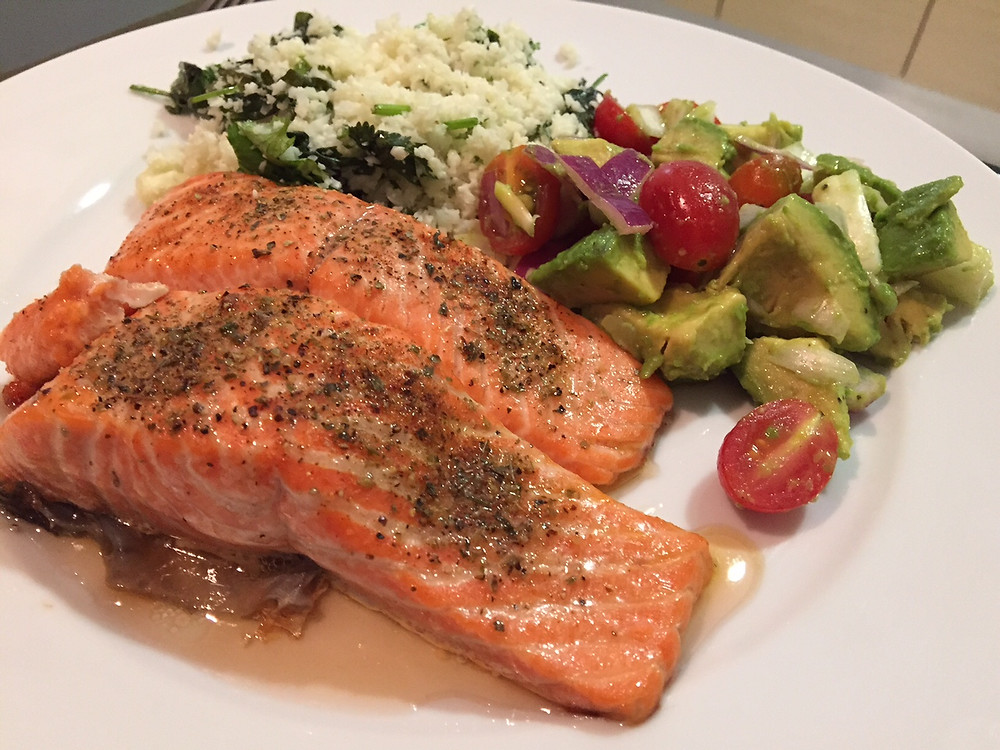 Salmon, Cauli-Rice and Avocado-Tomato Salad