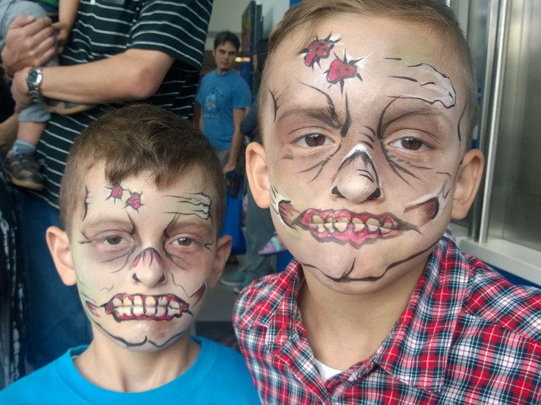 Zombie Brothers! Watch out!