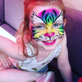 Big smiles and big colour! #rainbowtiger