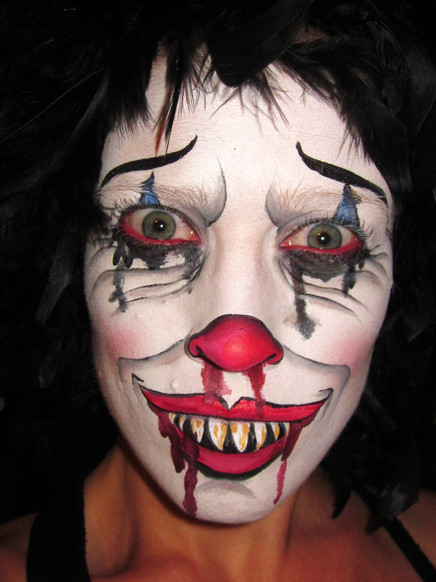 Who doesn't love a scary clown?