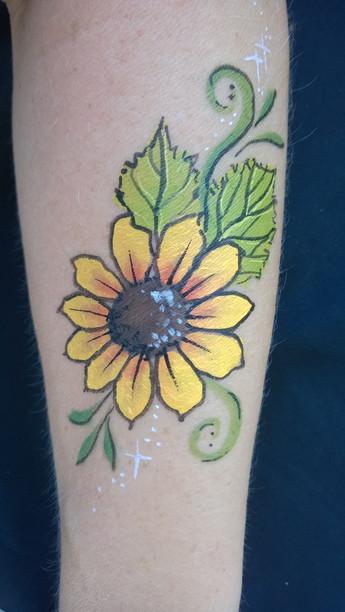Sunflower arm paint