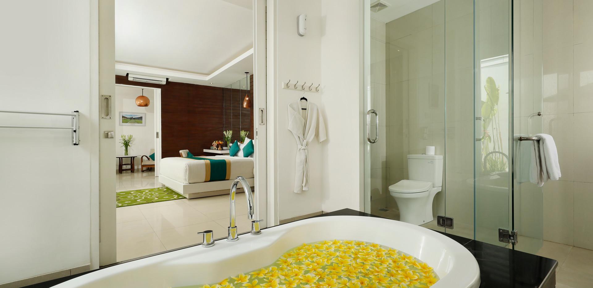 Mono Pool Villa Bathroom.jpg
