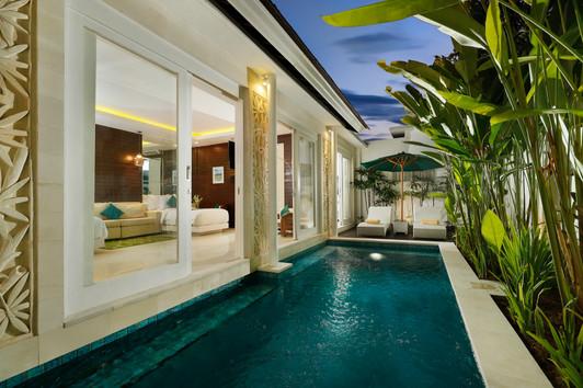 Stereo Pool Villa Sunset.jpg
