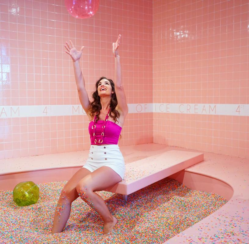 sabrina-rupprecht-capetown-artist-pink-safari-paint-palette