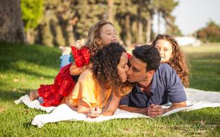 צילום משפחה בפארק לאומי, רמת גן