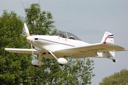 RV4_low_approach