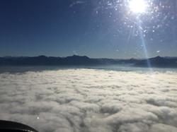 Übe rden Wolken