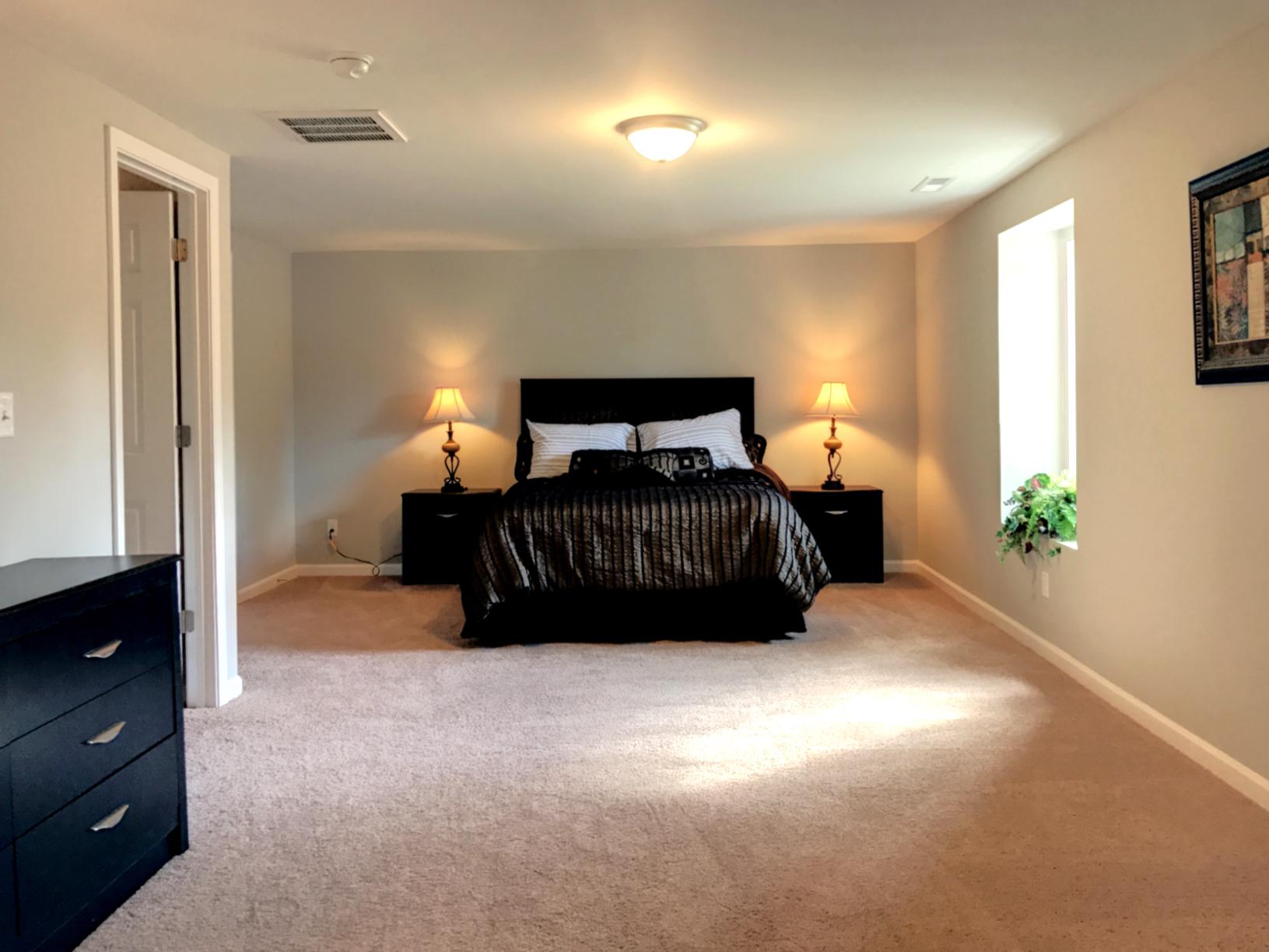 C1 master bedroom2