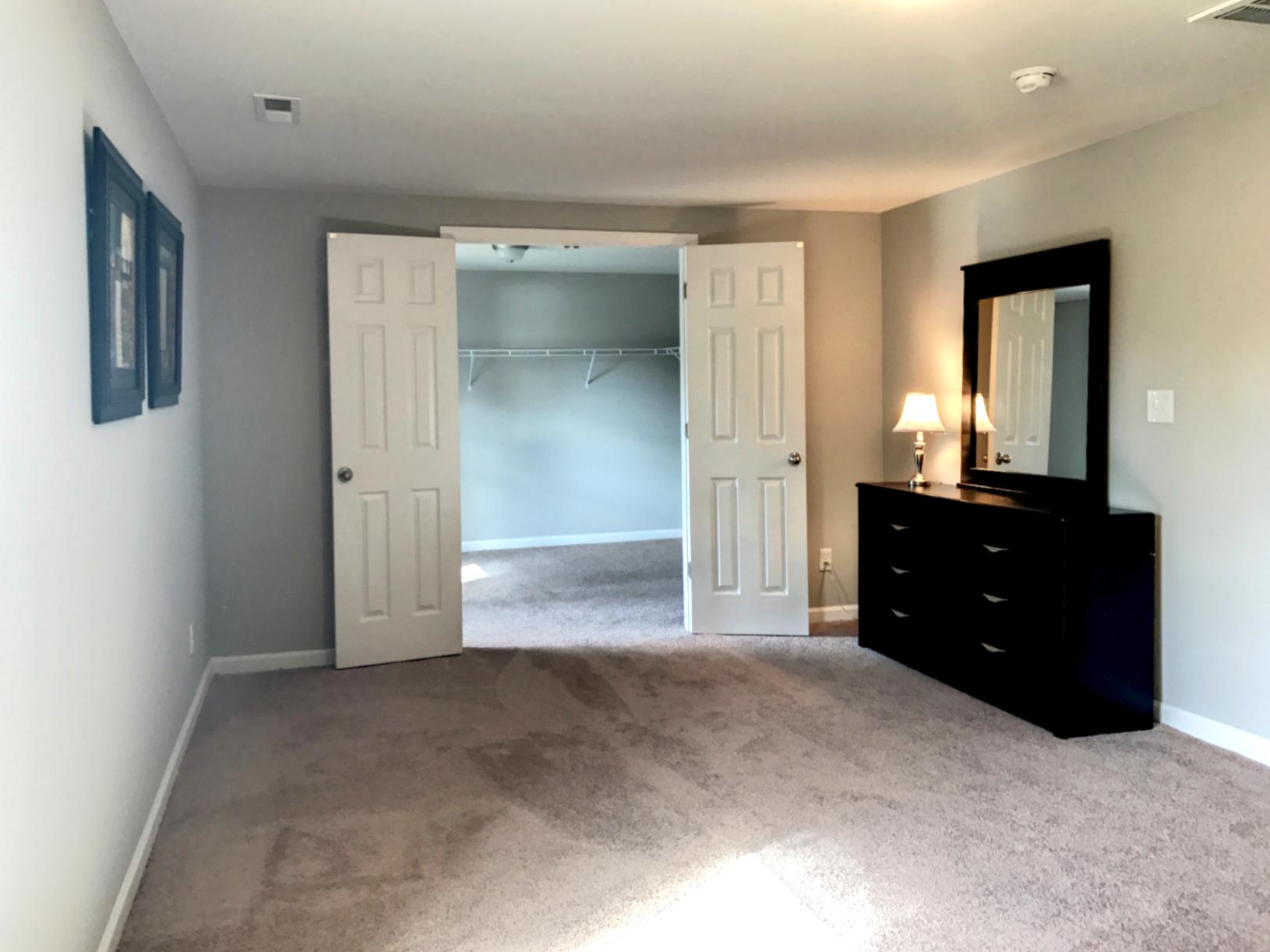 C2 master closet view