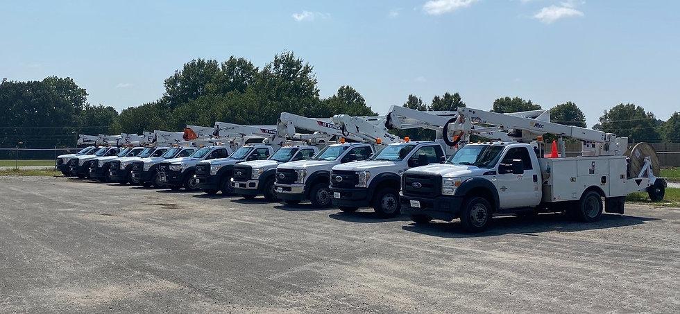 Bucket Trucks 11.jpg