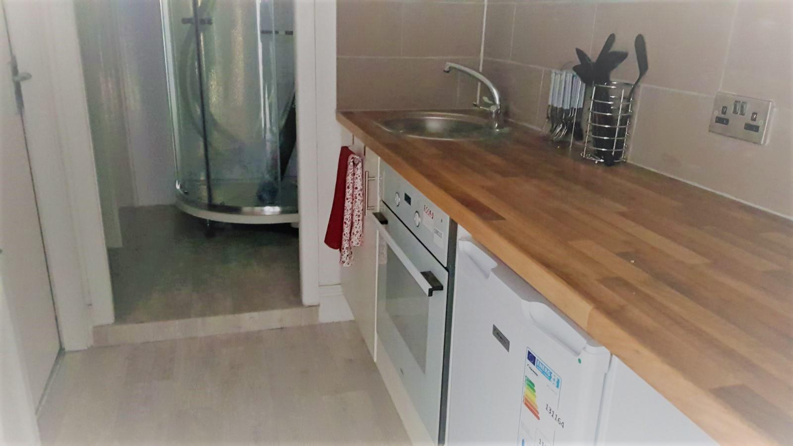 Kitchen, Flat Four