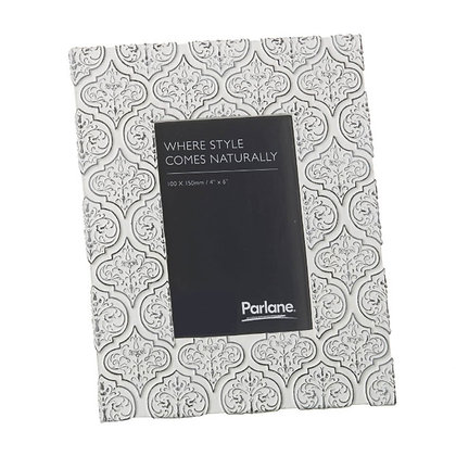 "Black + White Genevieve Frame 4 x 6"""