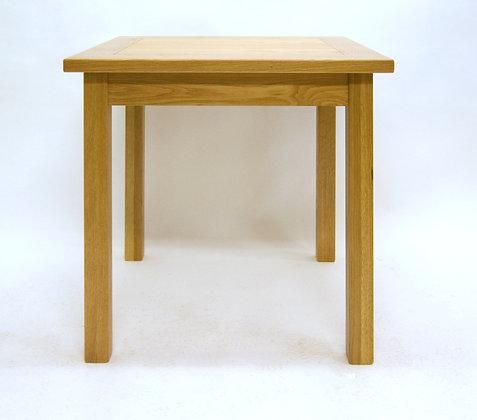 Middleham 80x80 Table