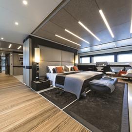 wider-150-interiors-zebrano-yatch