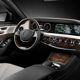 Mercedes-Benz-walnut-burl-radica-noce