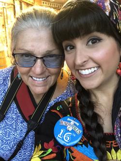 Nina and Teresa Ricci selfie