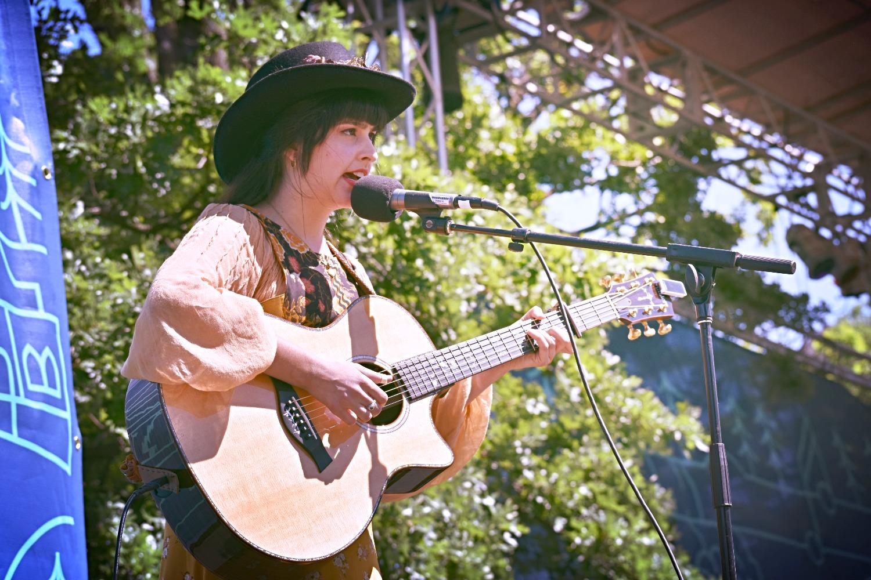 Nina Ricci at Musicians Corner