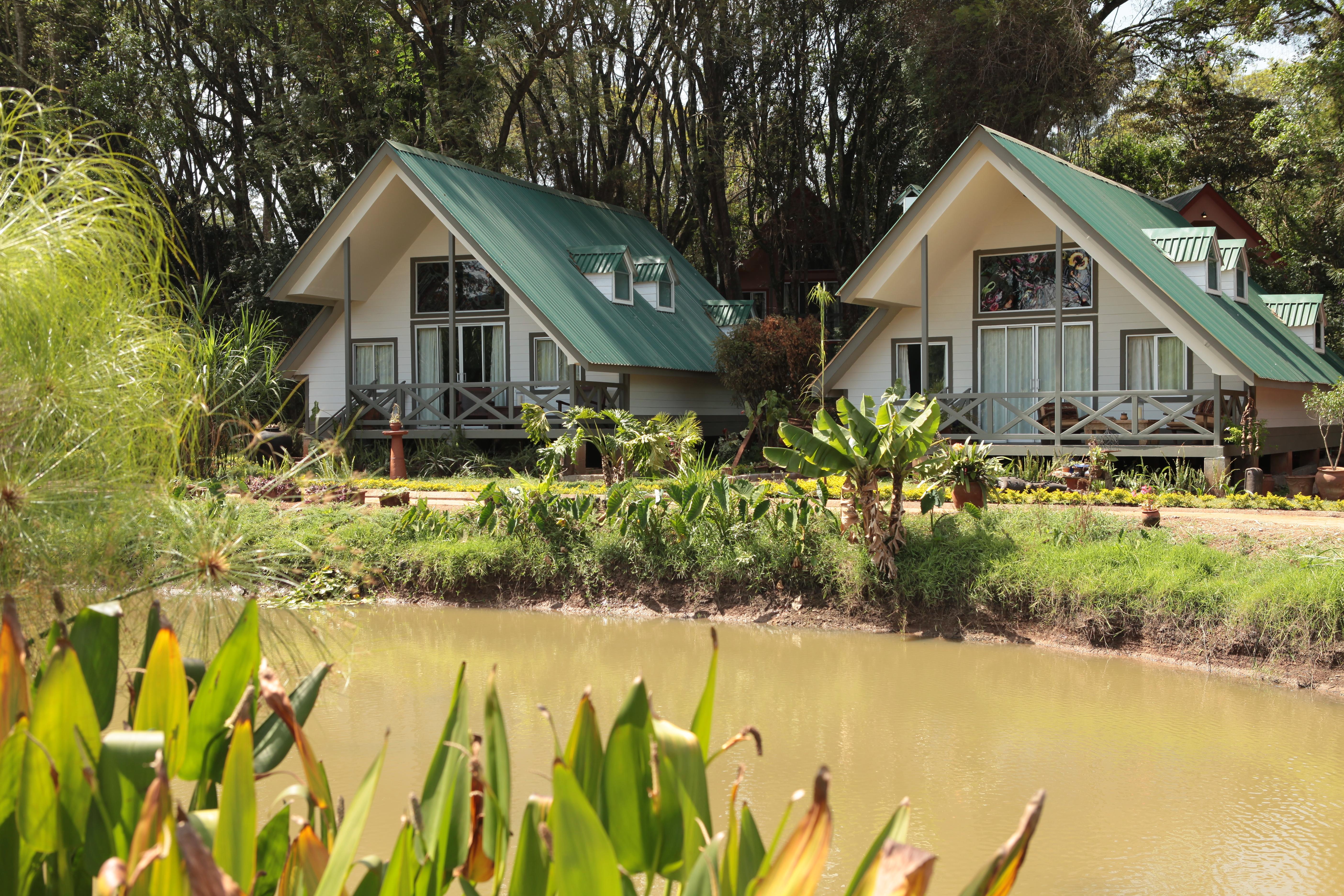Karen Country Lodge website/brochure